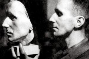 Brecht and Maskx 10x15