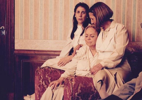 TEATRO BOMBÓN 8_Mis tres hermanas_03