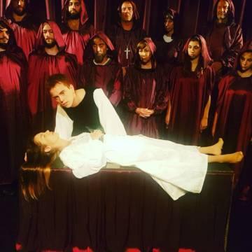 000178625 Romeo y Julieta x por Romeo y Julieta